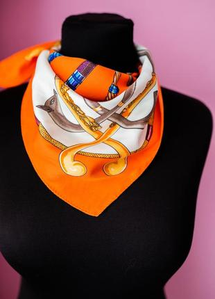 Платок каре оранжевый 100% silk
