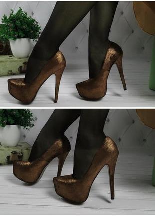 Туфли на высоком каблуке шпильке открытые 24см