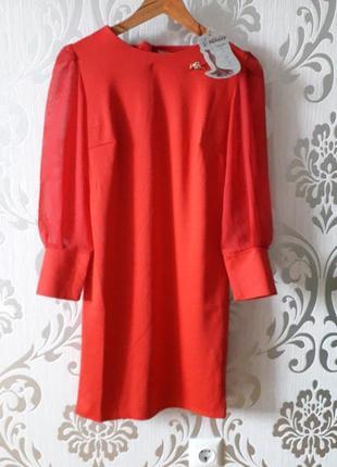 Нарядное платье с рукавом-фонариком