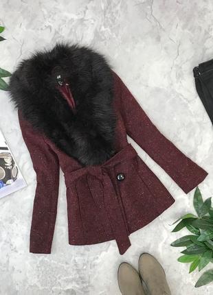 Пальто цвета марсала с шикарным воротником под пояс  ov1852094 h&m