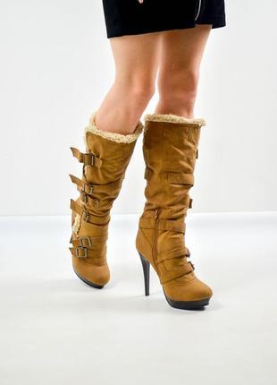 Trufile высокие сапоги на каблуке с пряжками евро зима с мехом 39,5 (25 см)
