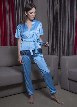 Небесно голубая шелковая пижама двойка со штанами