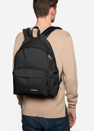 Стильный повседневный рюкзак eastpak ® backpack ek620 24 l black1