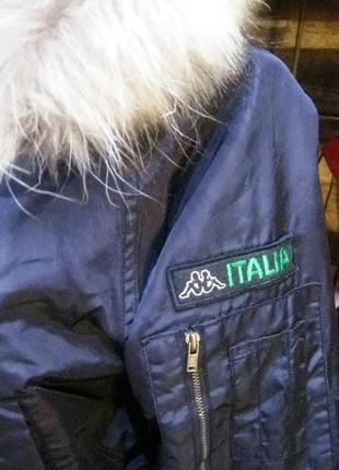 Kappa (оригинал) италия  короткая куртка  с капюшоном с мехом енота4 фото