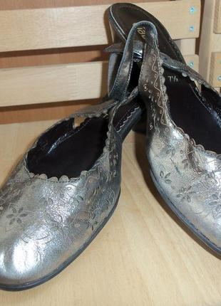 Кожаные туфли gabor (39 размер)