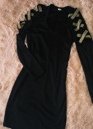 Милое чёрное платье