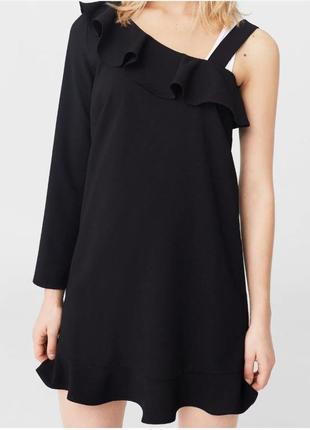 Стильное коктейльное платье mango черное