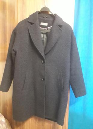 Крассивое темно синее пальто бойфренд