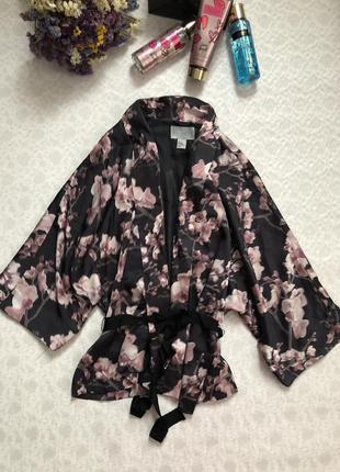 H&m сатиновый- атласный пиджак - кимоно под пояс m- l размер