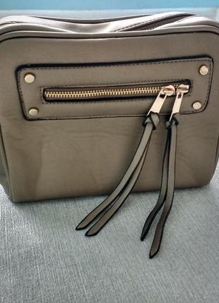 Красивая сумка кроссбоди
