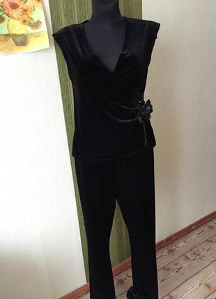 Бархатный нарядный костюм