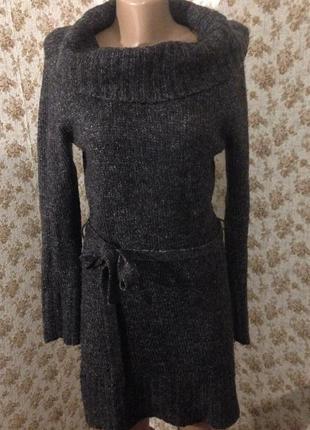 Шерстяное платье с горловиной размер l-xl