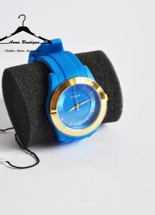 Великолепные позолоченные часы pilgrim