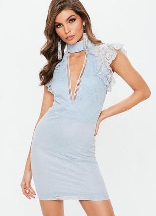 Стильное платье с нежного кружева