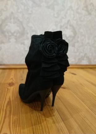Элегантные ботиночки  с натуральной замши от blossem