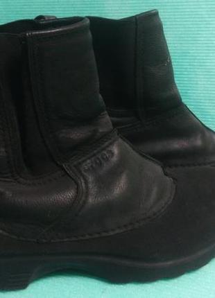 Ботинки crocs деми 40р.