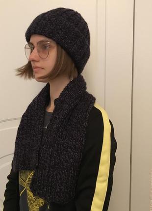 Комплект шапка и шарф чёрно-фиолетовые