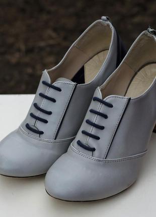 Стильные туфли zara на каблуке испания 38.5р.