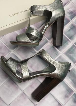 Bcbgmaxazria оригинал вечерние дизайнерские кожаные босоножки на широком каблуке