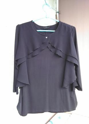 Шикарная блуза с воланами от guess