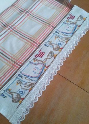 Вышитый бордюр для скатерки-накидки, полотенца и т.п.3 фото
