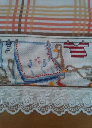 Вышитый бордюр для скатерки-накидки, полотенца и т.п.4 фото