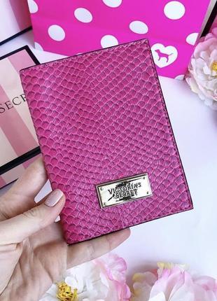 Обложка на паспорт victoria secret, виктория сикрет vs pink victoria's secret