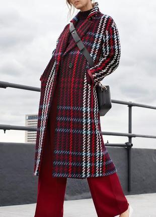 Очень крутое и стильное пальто в клетку прямого фасона от marks & spencer