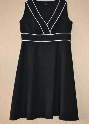 Стильное льняное платье f&f