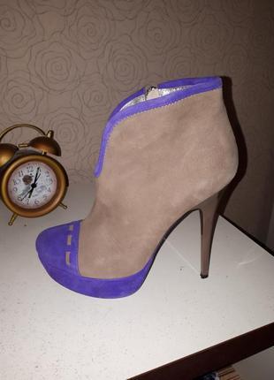 Ботильены туфли на каблуке