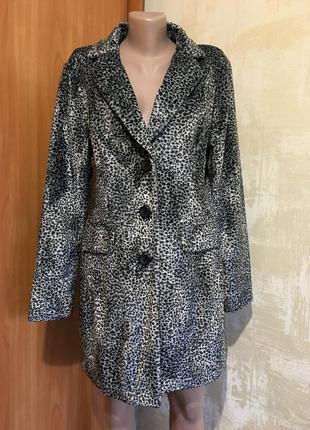 Роскошное пальто в леопардовый принт!!!
