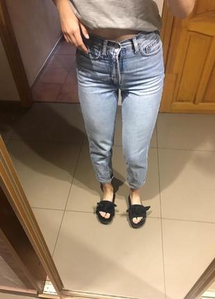 Мом джинсы mom