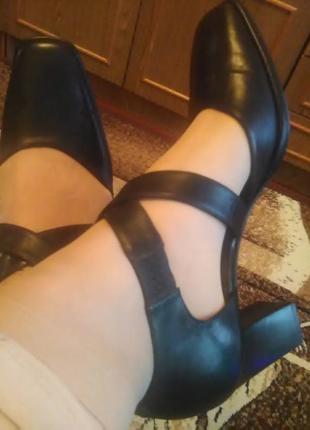 Туфли из натур. шлифованной кожи.