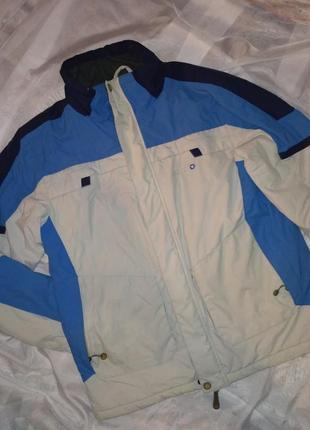 Теплая зимняя куртка унисекс