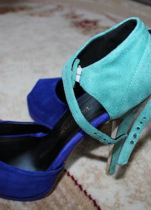 """Жіноче взуття фірми """"giuseppe zanotti design"""" в ідеальномі стані р.39"""