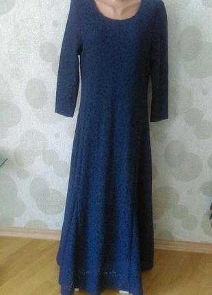Красивое вечернее платье из натуральной ткани