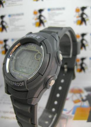 Детские,мужские влагозащищенные электронные часы xinjia xj666 серые