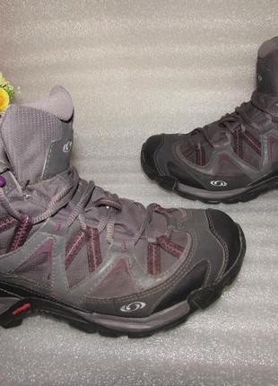 Классные деми ботинки ~salomon ~gore tex р 37 вьетнам