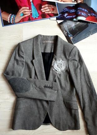 Пиджак с цветком zara / жакет zara