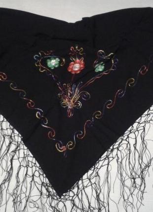 Платок с вышивкой этно черный + 160 платков и шарфов на странице