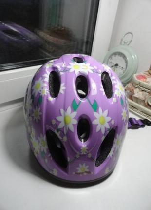 Защитный  шлем для безопасной езды на велосипеде