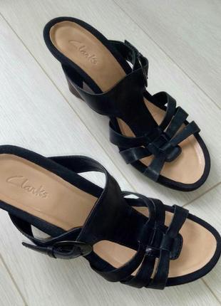 Чёрные коричневые кожаные босоножки 38-39 clarks