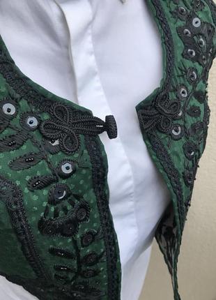 Эксклюзивная,жилетка ручной работы,этно стиль,вышивка,тесьма,бисер,пайетки