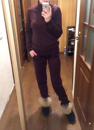 Крутой и теплый вязанный костюм из полушерсти марсал