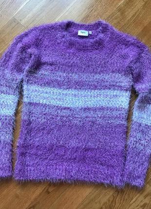 Красивый свитер-травка