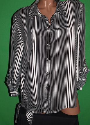 Лёгкая фирменная блуза (ххл замеры) визуально стройнит, отлично смотрится