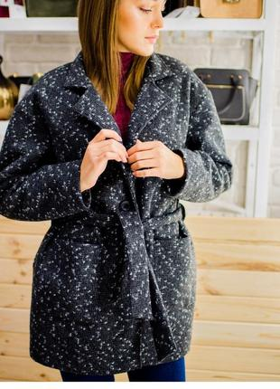 Пальто зима букле на синтепоне