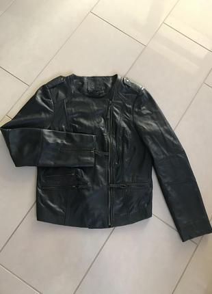 Куртка кожаная косуха фирменная caroll paris размер 40-42 или l-xl