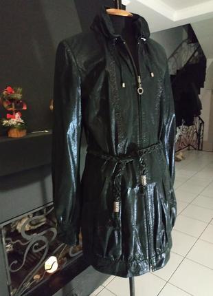 Плащ куртка камзол из блестящей кожи с аппликациями италия натуральная кожа