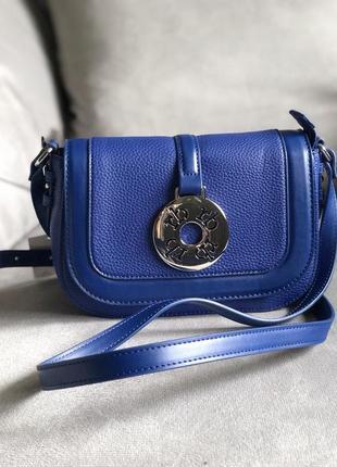 Стильная сумка актуальной формы от итальянского бренда roccobarocco (оригинал)